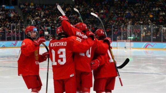 Сборная России по хоккею победила США в финале юношеской Олимпиады