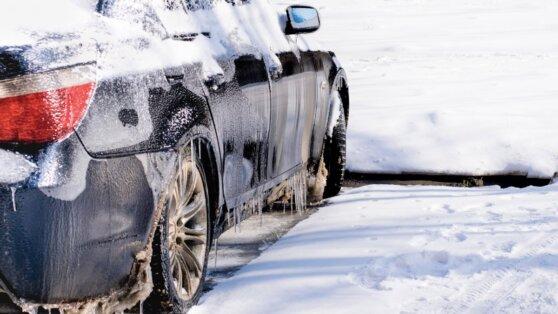 Названы самые опасные ошибки в эксплуатации автомобиля зимой