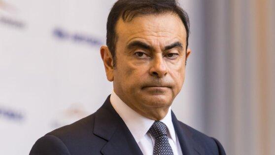 Экс-глава Nissan перевел $860 тыс. организатору своего побега