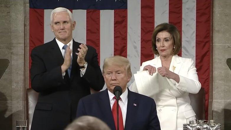 пелоси рвет речь трампа