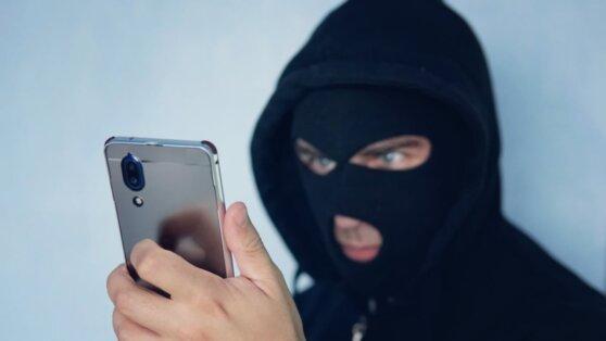 Россиян предупредили о новых видах мошенничества во время пандемии