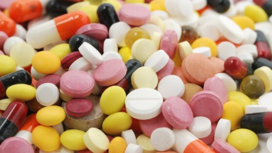 Список возможных лекарств для лечения коронавируса у взрослых расширен