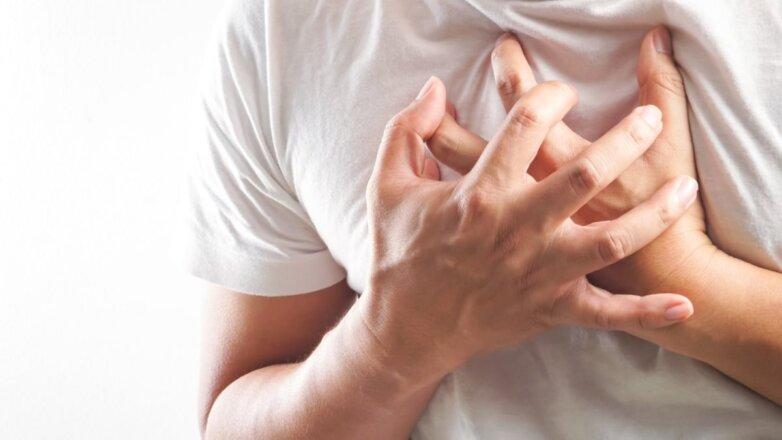 Боль в груди сердце сердечный приступ инфаркт