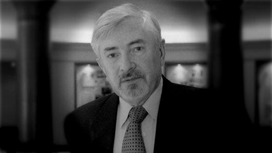 Ушел из жизни президент музея-заповедника «Петергоф» Вадим Знаменов