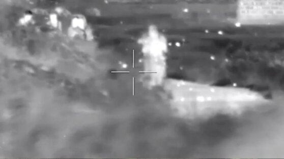 Минобороны РФ опубликовало видео уничтожения боевиков спецназом