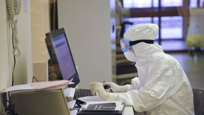 Лаборатория Коронавирус Врач Доктор Корпус НИИ СП им. Склифосовского для пациентов с подозрением на коронавирусную инфекцию