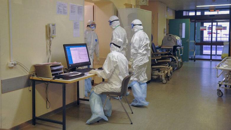 Коронавирус Больница Врачи COVID-19