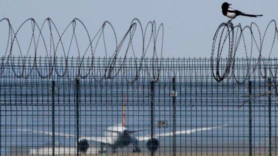 Футболисты и тренеры не могут попасть в Китай из-за закрытых границ