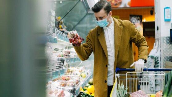 Врачи дали советы по посещению магазина в период коронавируса