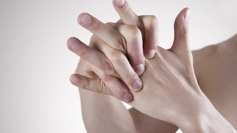 сплетенные пальцы