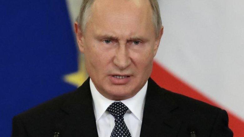суровый Путин