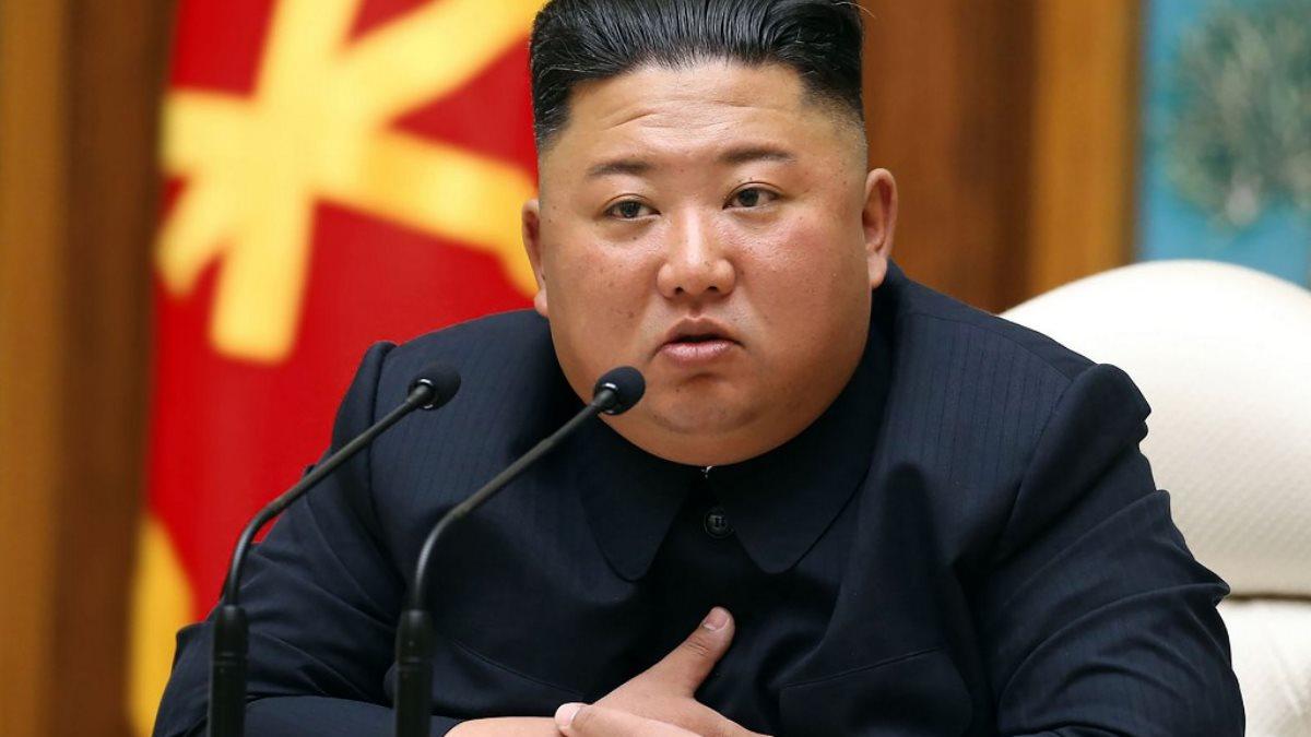 Лидер КНДР Ким Чен Ын в кресле