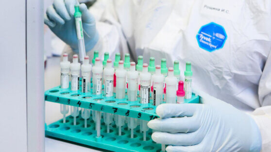 Медики рассказали об опасности коронавируса для онкобольных