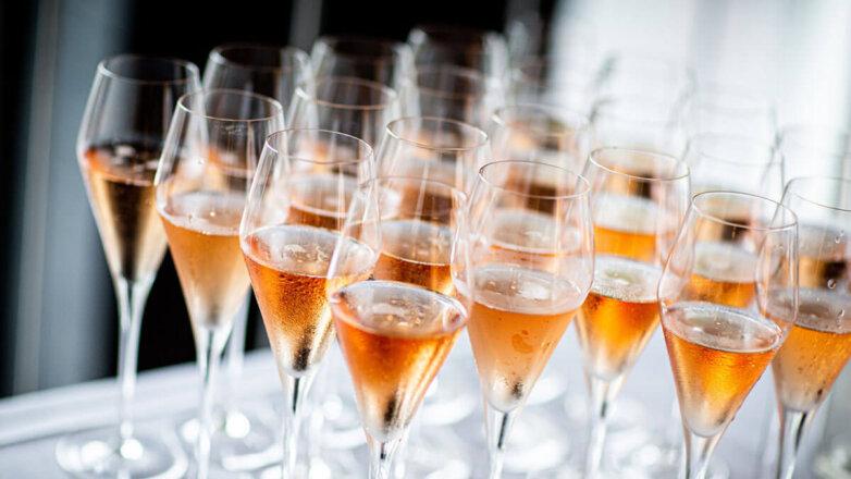 Шампанское Вино Бокалы Фужеры