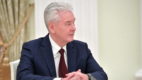 Собянин раскрыл детали возобновления работы МФЦ и каршеринга в Москве