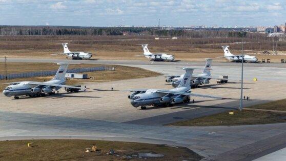Все 11 российских самолетов с гуманитарной помощью прилетели в Сербию