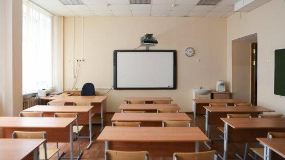 Российским школьникам хотят продлить учебный год