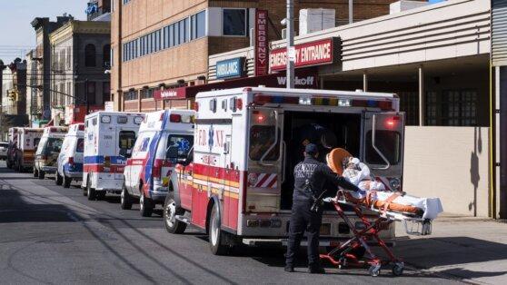 Глава ВОЗ заявил, что пик пандемии коронавируса еще не достигнут