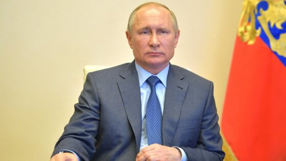 Путин призвал готовиться ко второй волне COVID-19
