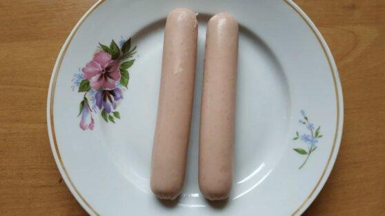 В Карелии малоимущим выдали паек из двух сосисок и пяти картофелин