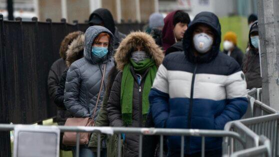 В России за сутки выявили 771 новый случай COVID-19