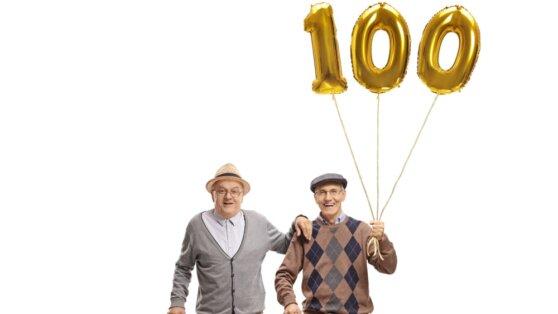 Кому за 100 лет: раскрыто число долгожителей в России