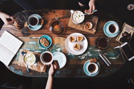 Московские власти назвали условия открытия кафе и ресторанов