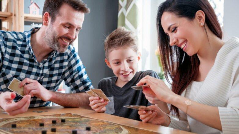 Счастливая семья дом настольная игра самоизоляция