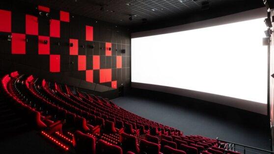 Российские кинопрокатчики подсчитали ущерб для отрасли из-за коронавируса