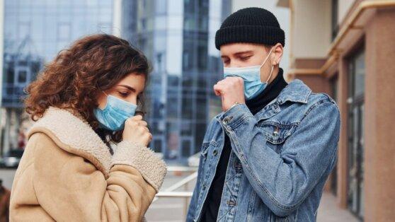 Ученые выяснили, способен ли коронавирус передаваться при разговоре