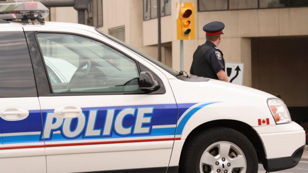 Канада полиция