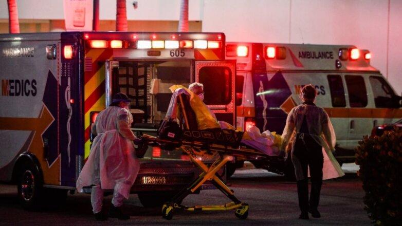 США скорая помощь коронавирус ночь