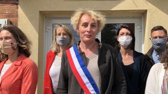 Женщина-трасгендер впервые заняла пост мэра города во Франции