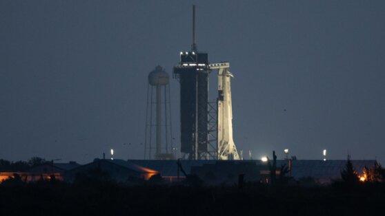 Корабль Crew Dragon с двумя астронавтами стартовал к МКС