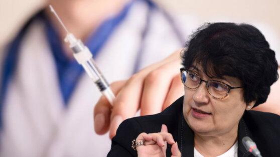 Эксперт рассказал о рисках поспешного применения вакцины от COVID-19