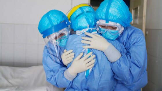 В Москве за сутки от COVID-19 вылечился 3831 пациент