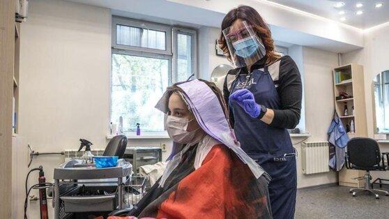 Стало известно условие открытия парикмахерских в Москве