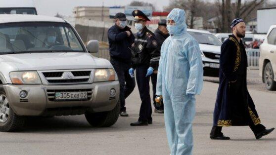 Жители Казахстана массово пожаловались на симптомы COVID-19