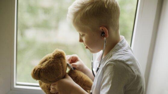Названы факторы детства, повышающие риск сердечного приступа в будущем
