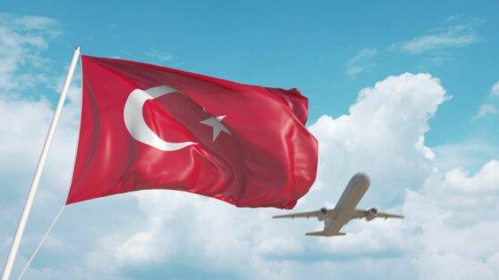 В Турции оценили сроки появления в стране туристов из России