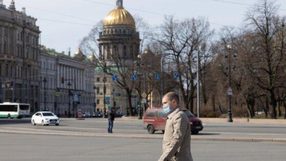 Синоптики пообещали теплую погоду в Москве и Петербурге