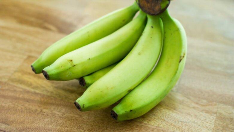 Зелёные бананы незрелые