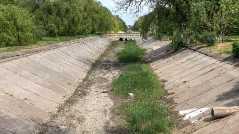 Северо-Крымский канал Крым перекрытый пересохший водная блокада