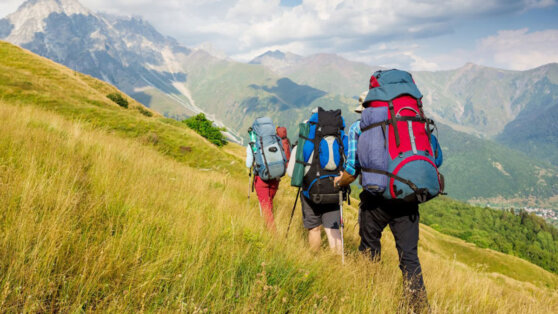 На природу с комфортом: как правильно собираться в поход