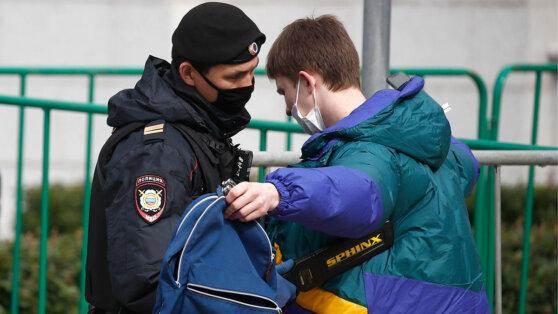 Доступ разрешен: как новые полномочия полиции отразятся на жизни россиян