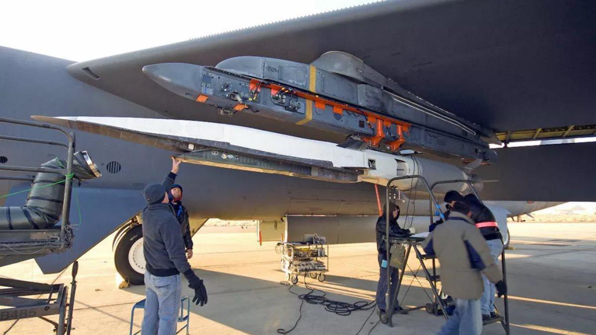 Новейшая гиперзвуковая крылатая ракета X-51A Waverider США