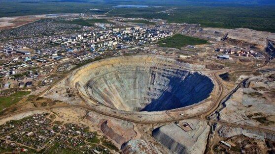 Добычу на руднике в Якутии остановили из-за вспышки COVID-19