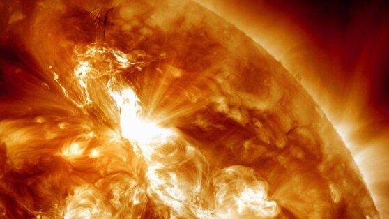 На Солнце завершились мощнейшие вспышки