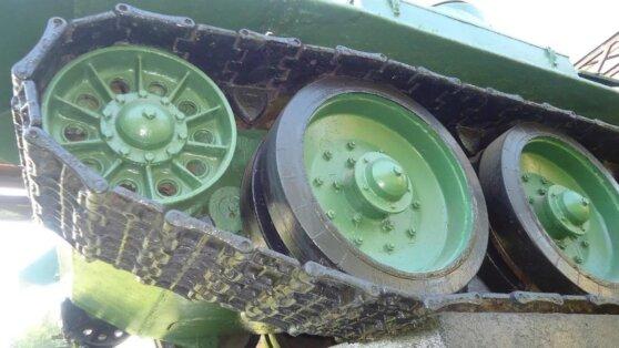 Минобороны отреагировало на инцидент с Т-34, едва не въехавшим в зрителей на Параде