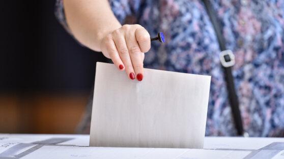 В ЦИК пригрозили делом трижды проголосовавшей россиянке в Израиле